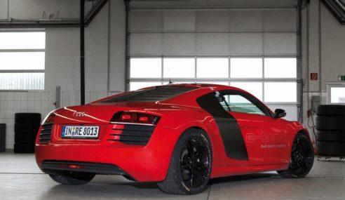 Le prototype R8 F12 e Performance annonce le futur électrique chez Audi