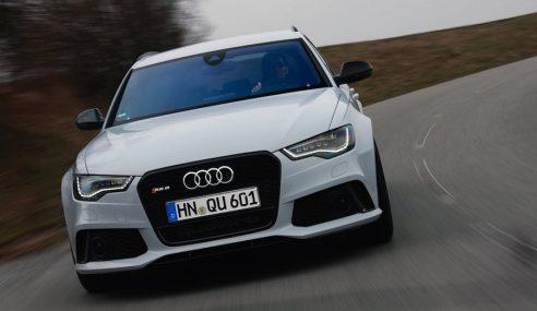 Un duel dynamique autour de l'Audi RS6