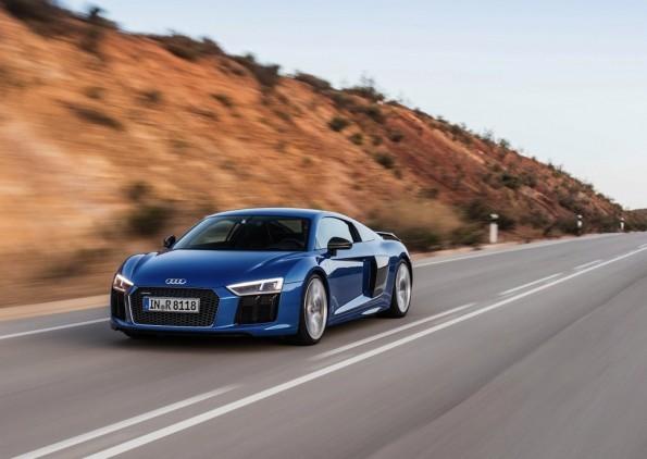 Audi-R8_V10_plus_2016_1280x960_wallpaper_0a