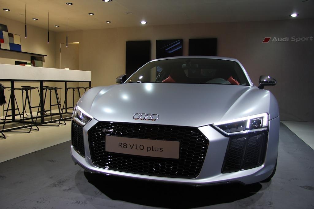 Mondial de l'automobile 2016 : découverte de l'Audi R8 V10 plus