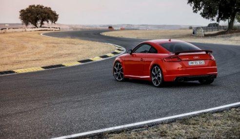 Le mélodieux coupé TT RS à l'essai chez MotorLegend