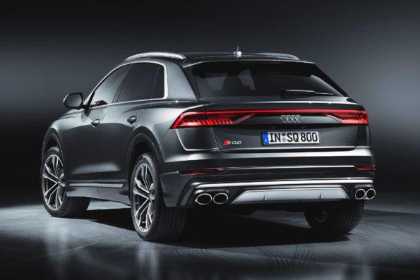 3/4 Arrière Audi SQ8 Studio