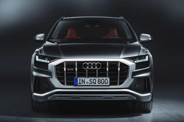 Front Audi SQ8