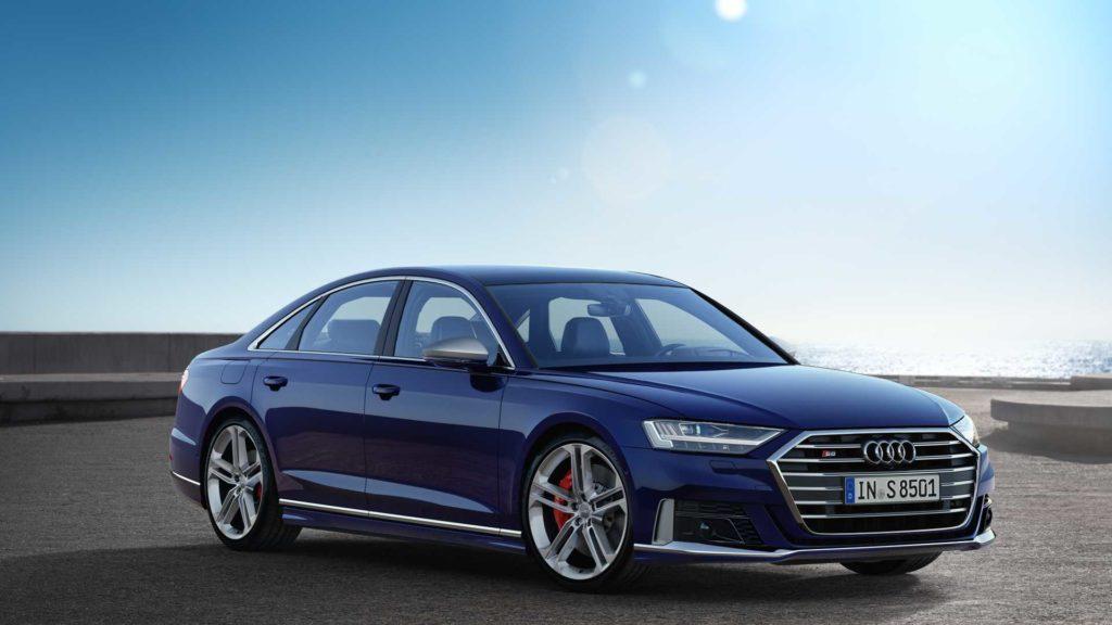 Audi S8 Statique 3/4 Stat