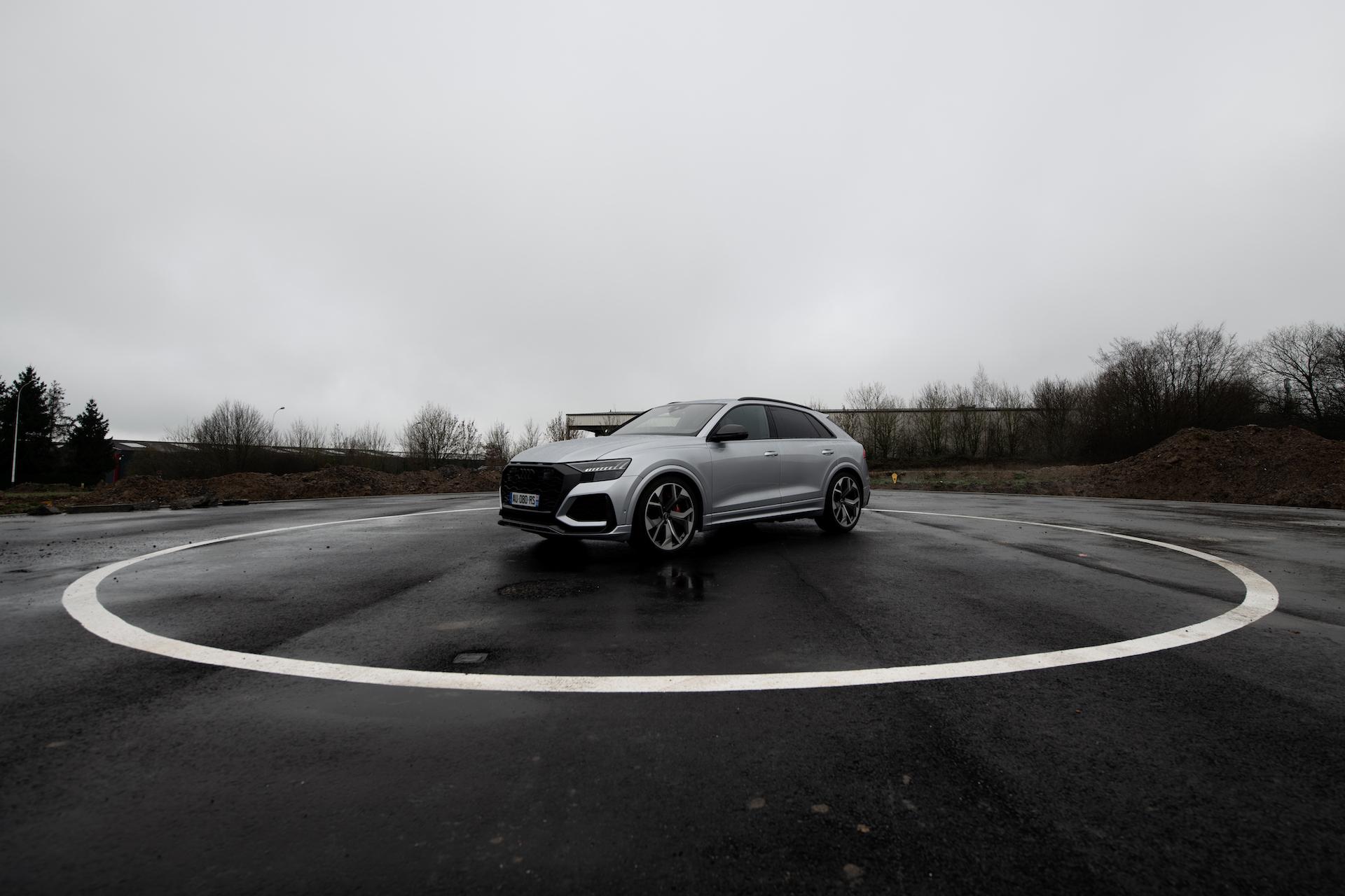 Audi RS Q8 3/4 Avant 14/24