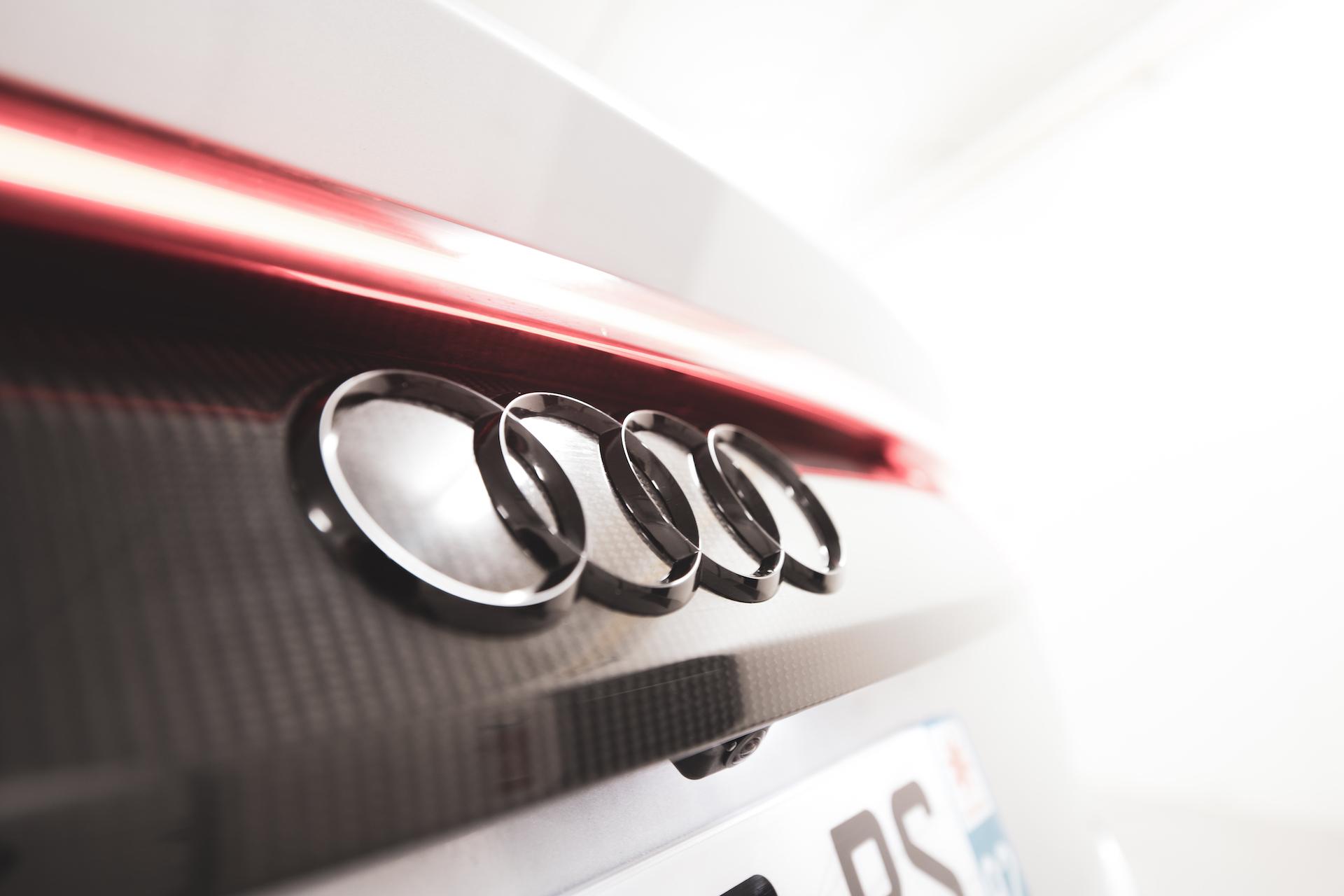 Logo Audi arrière carbone #3
