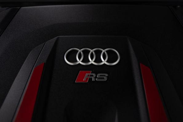 Cache moteur V8 Audi RS Q8 #4