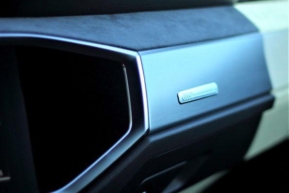 Audi Q3 45 TFSI e - Détail Habitacle