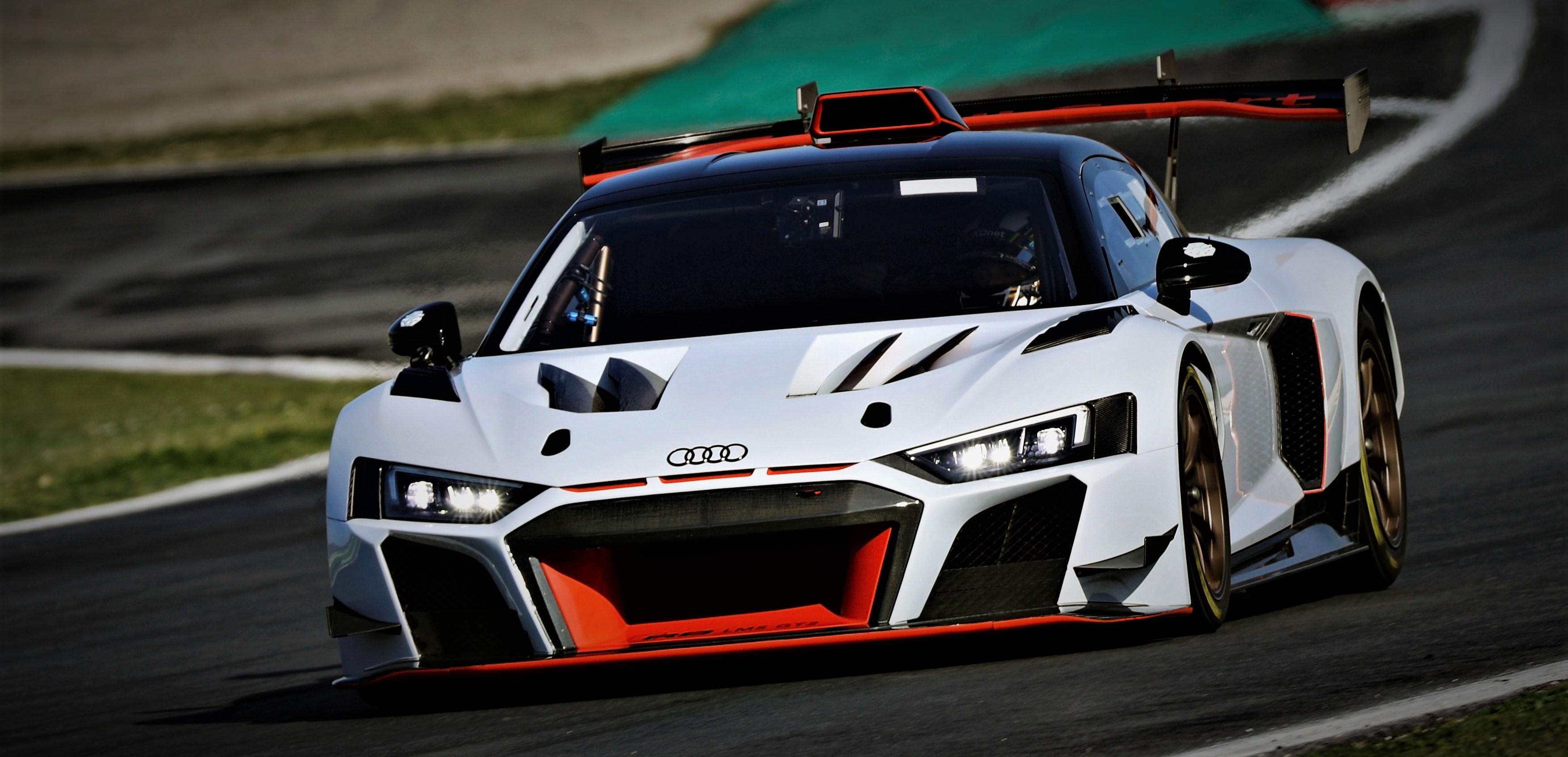 Audi R8 LMS GT2 (PK Carsport)