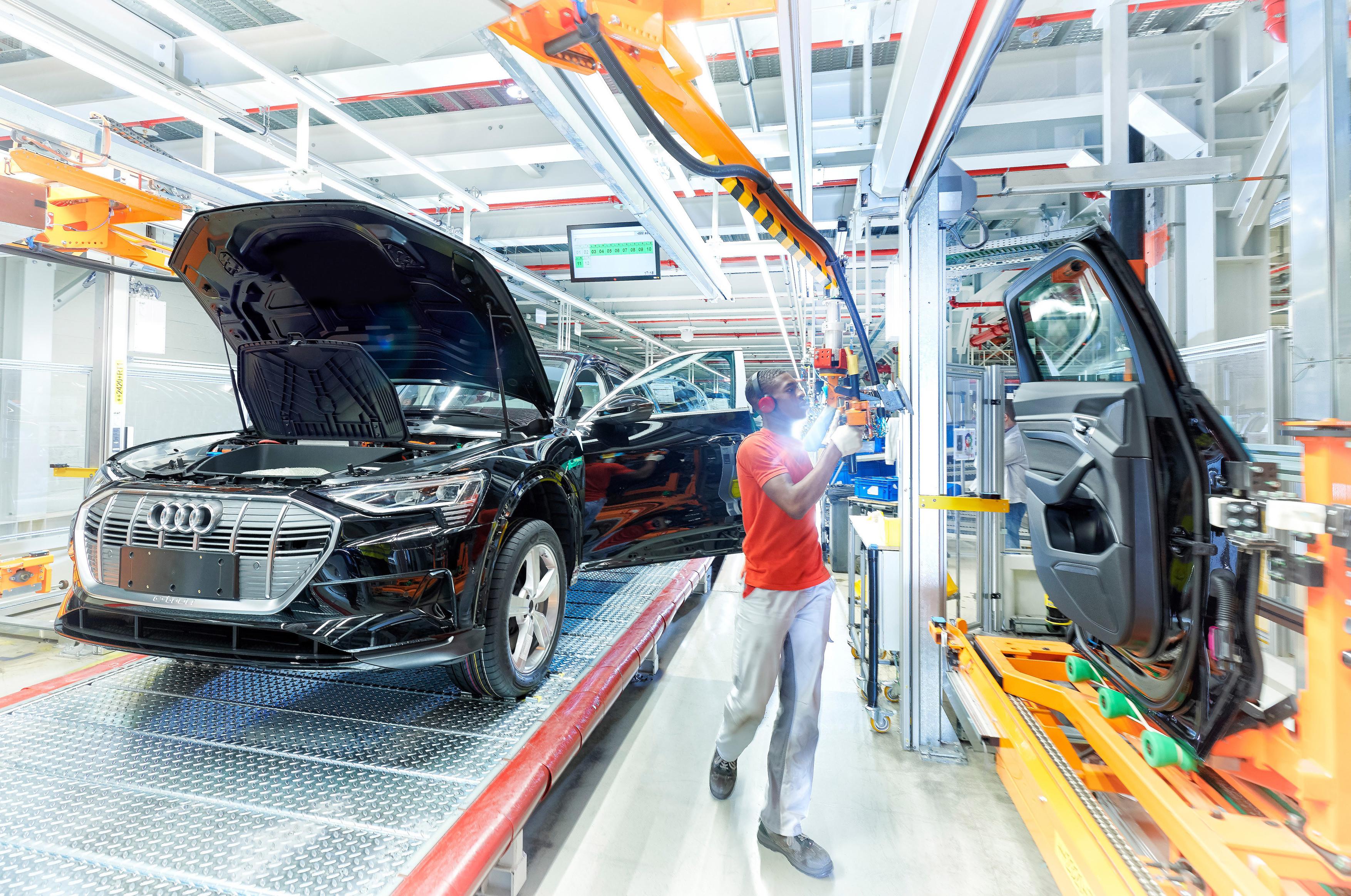 Audi e-tron - Production chez Audi Brussels