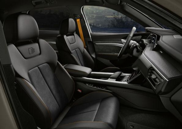 Audi e-tron S line black edition - Interieur