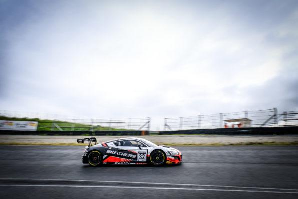 Audi R8 LMS #32 (Team WRT)