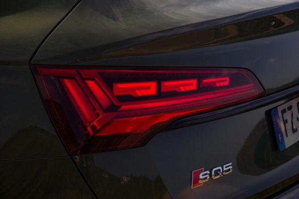 Audi SQ5 Sportback - Détail feu arrière OLED
