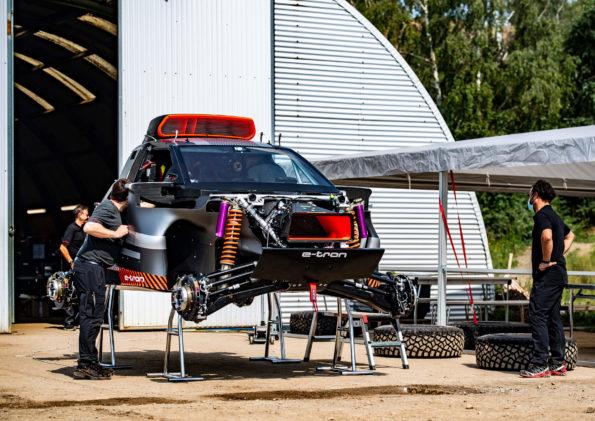 Audi RS Q e-tron - Mécanique