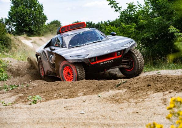Audi RS Q e-tron - Dynamique