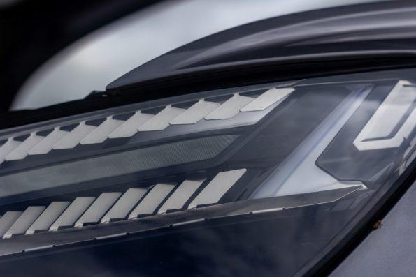 Audi Q4 50 e-tron quattro - Détail feu avant