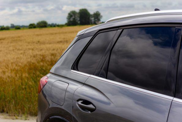 Audi Q4 50 e-tron quattro - Détail profil arrière