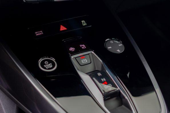 Audi Q4 e-tron - Détail console centrale