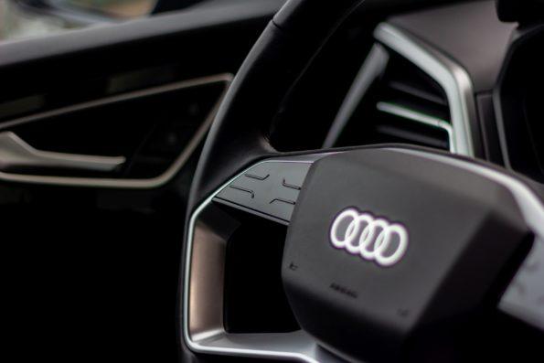 Audi Q4 40 e-tron - Détail volant