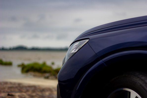 Audi Q4 40 e-tron - Détail feu avant