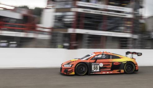 L'Audi R8 LMS continue de remplir les podiums